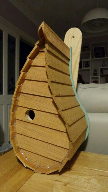 Best Bird House Made From Cedar Shingles And Oak With Images 400 x 300