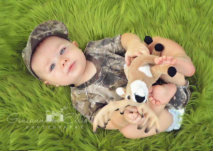 baby boy, 7months, camo, little hunter, posing, infant photography, blue eyed baby <3 https://www.facebook.com/GeniannElliottPhotography?ref=hl