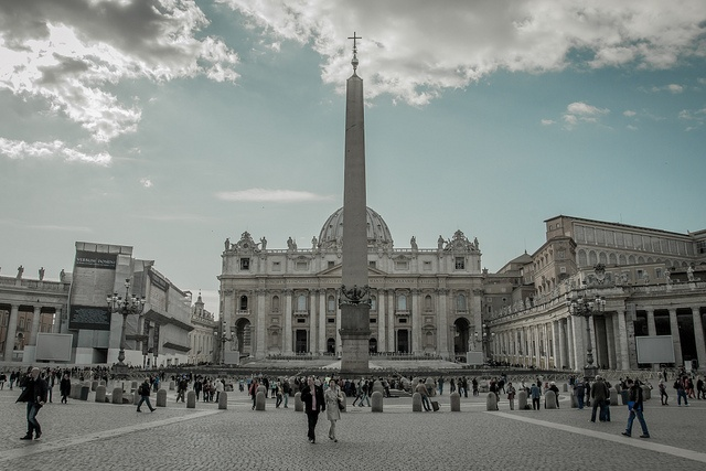 Piazza San Pietro, Roma, 2012-03-12 by menomale, via Flickr
