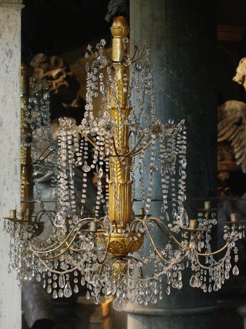 Antique chandelier - Augustus Brandt