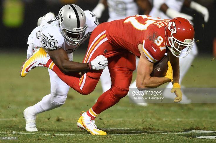 Kansas City Chiefs vs Oakland Raiders : News Photo