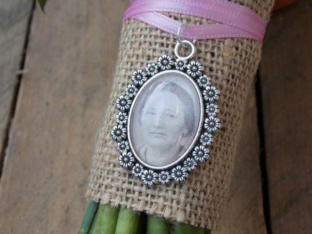 Hochzeitsdeko - Brautstrauß Memorial Blumen oval - Charm/ Anhänger - ein Designerstück von SignCity bei DaWanda