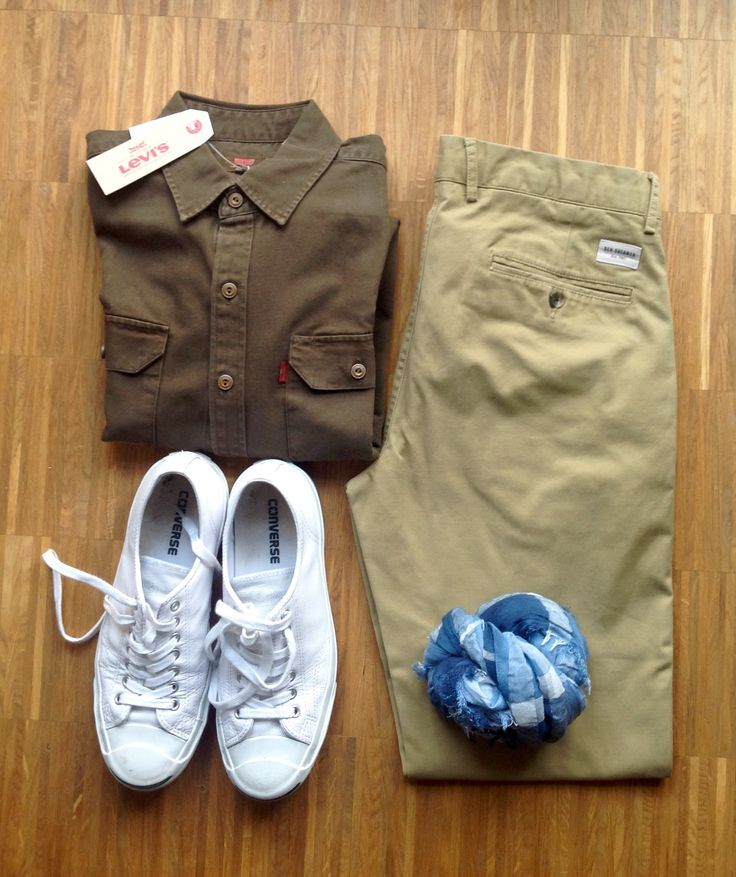 Levi's shirt, Ben Sherman chinos, Adidas Jack Purcell Shoes, Pria Scarf