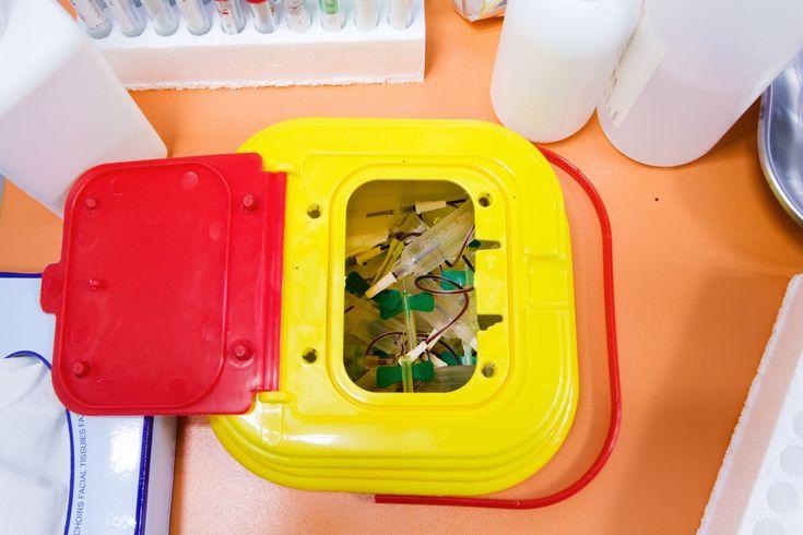 Proponen serias sanciones a quienes violen norma de manejo residuos hospitalarios y laboratorio - http://plenilunia.com/noticias-2/proponen-serias-sanciones-a-quienes-violen-norma-de-manejo-residuos-hospitalarios-y-laboratorio/29539/