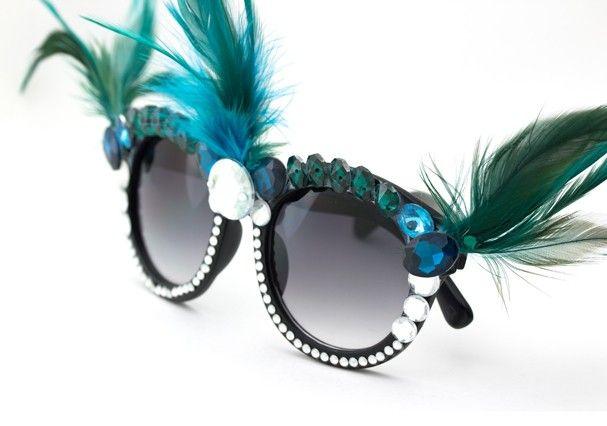 Acessórios de Carnaval: bijoux e óculos que valem pela fantasia