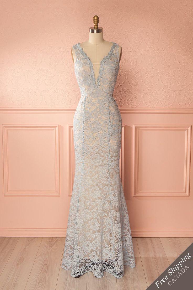 Light blue lace plunging neckline mermaid gown - Robe sirène longue de dentelle bleu pâle à décolleté