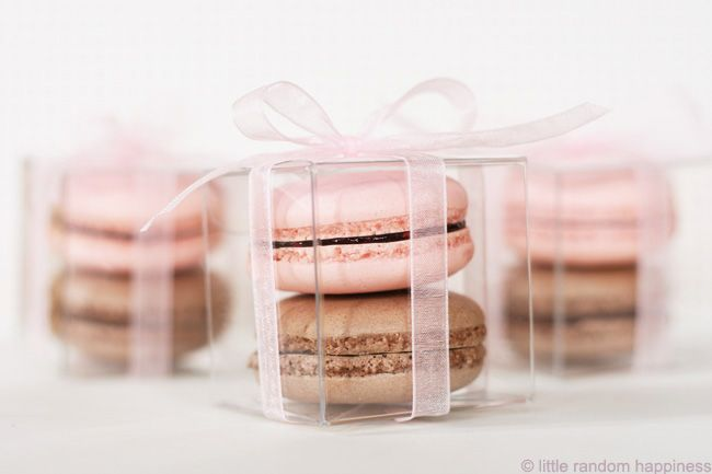 Macaron party favors {little random happiness}. I bought these boxes.