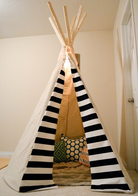 DIY Tee Pee.  Nice material ideas and details.... However the construction details are lacking