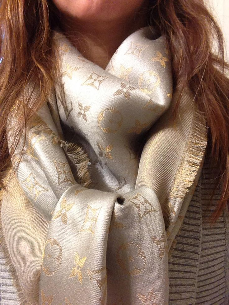 Louis Vuitton Monogram Shine Shawl , Beige