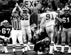 January 3, 1993 NFC Wild Card Game- Saints vs. Eagles   Final score: Eagles 36-Saints 20. The Birds had scored a remarkable 26 points in the final 11 minutes of the game. It was a shocking comeback, as the Saints hadn't given up 26 points in an entire game all season.