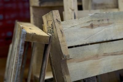 How to know if a pallet has been treated (and if it has, you don't want to grow edibles in it).