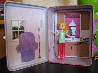 Lunchbox Travel Dollhouse