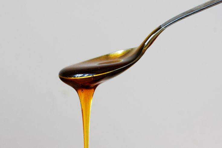 Často, pokud si připravujeme svůj oblíbený nápoj, jakým je káva či čaj, přidáváme do kávy med, do čaje citrónovou šťávu či další složku pro zlepšení chuti.