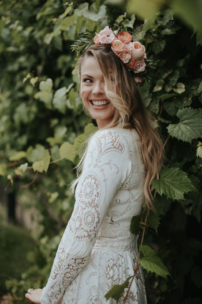 Can't get over this gorgeous boho bride's smile | Image by Daring Wanderer