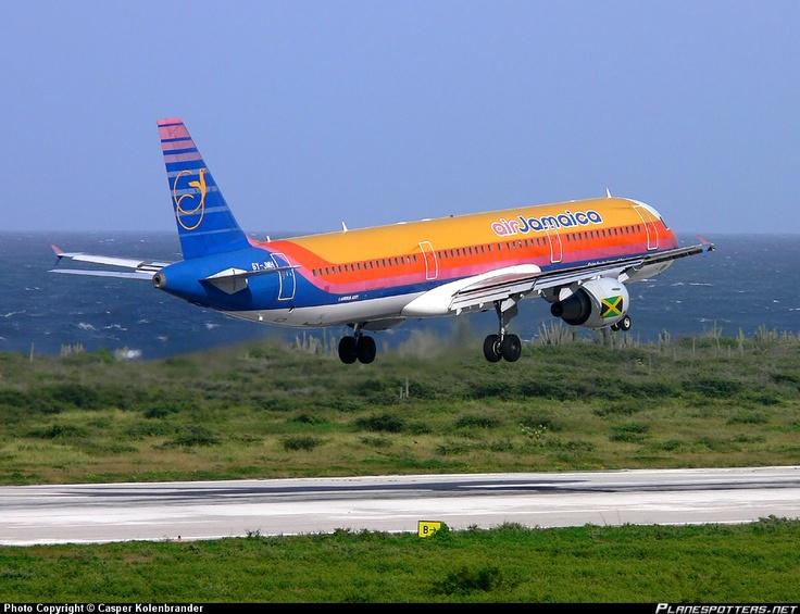 jamaican planes   6Y-JMH Air Jamaica Airbus A321-211 taken 21-03-2009 at Willemstad ...