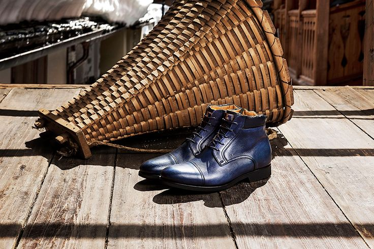 The fashion in everyday life is indeed the leitmotif of Fabi's new collection.  Discover our #fw1415 #men #shoes #trends.