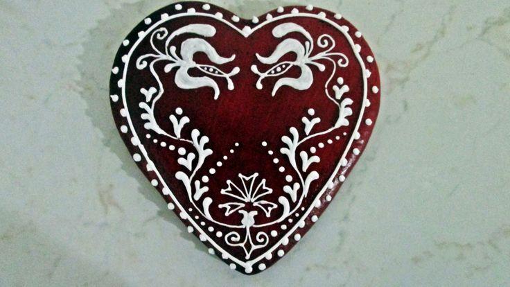Traditional heart  https://www.facebook.com/Arkosimezeskalacs