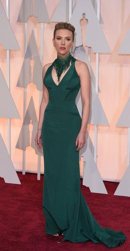 Oscary 2015: Scarlett Johansson w sukni Atelier Versace, fot. East News