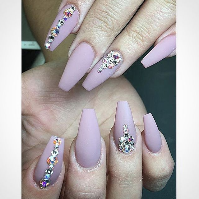 Nail Designs With Rhinestones 31 best Pointed and St...