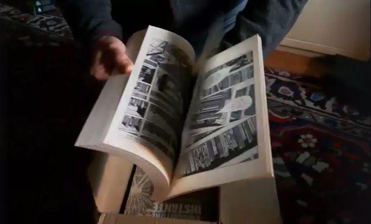 #OttoGABOS apre il pacco della #CoconinoPress / @Fandango #Editore contenente le copie de' #IlViaggiatoreDistante. | #Book, #graphicnovel, #fumetto, #comic, #romanzo. | #LaDiligenzaDelSapere: #Sharendipity: #Sharesilience.