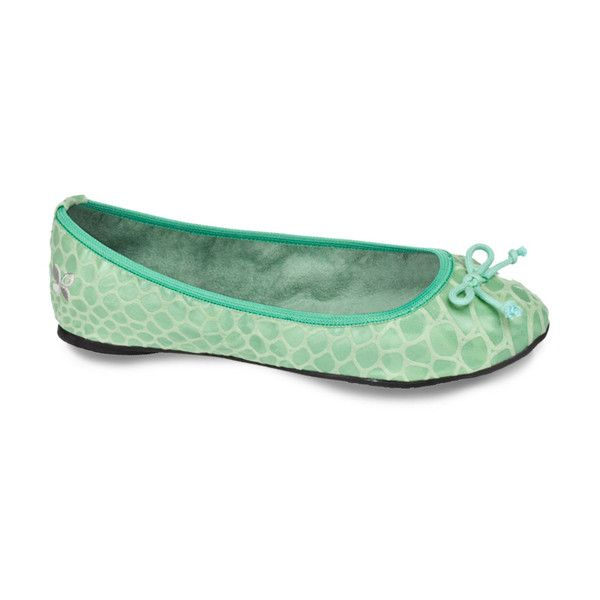 Butterfly Twists Green Peaches Ballet Flat ($20) ❤ liked on Polyvore featuring shoes, flats, peach ballet flats, green flats, green ballet flats, green shoes and ballet pumps