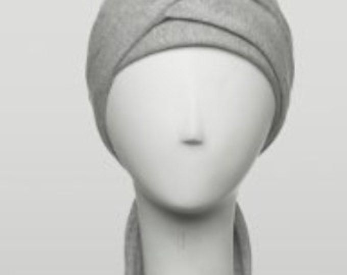 Abrigo de la cabeza de quimio con más versatilidad y estructura que la mayoría de bufandas para pacientes con cáncer. Diseñado para las mujeres con pérdida del pelo la quimioterapia.