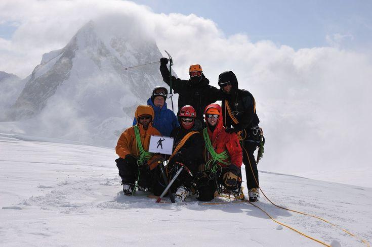ESPACES | Actualités | Reportages | Ascension du mont Logan : En haut, en long et en large