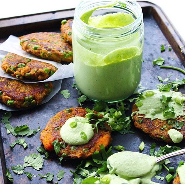 SWEET POTATO MASALA FRITTERS w CITRUS CASHEW CREAM aka a healthy remix of the Indian bhajji's I should probably stop ordering on the reg' ☠ #ProbablyNotThough ➡️ link in profile