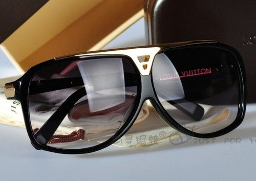 LOUIS VUITTON Sunglasses                                                                                                                      ✺ꂢႷ@ძꏁƧ➃Ḋã̰Ⴤʂ✺