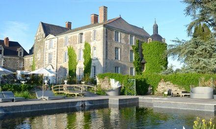 Proche Angers : soin du corps ou 1 à 3 nuits avec Spa et fitness, dîner en option, au Château de l'Epinay pour 2 pers.