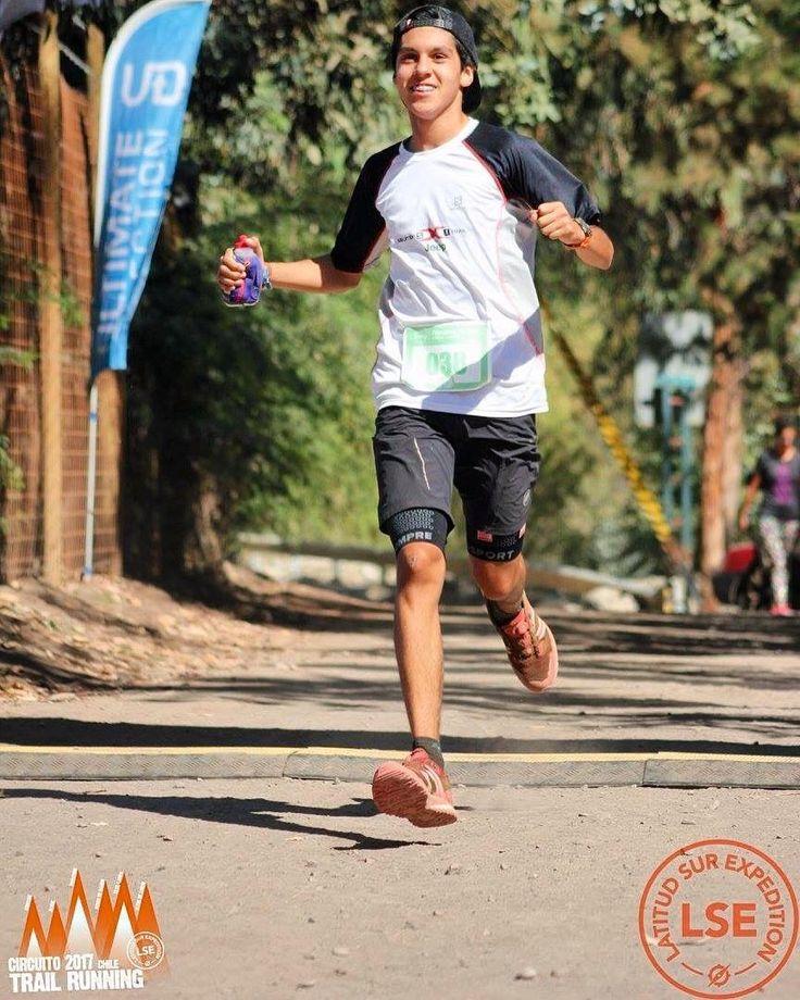 Esperando el fin de semana para continuar con nuestros programas de entrenamientos y varios en carrera: #huilohuilotrailrun #machupicchutrail @ushuaiatrailrace y encaminándonos en la etapa final para el @maratonsantiago. Ven a preparar tus desafíos junto al club STGOMRCO. Bienvenidos . : @pcodoceo  : @nico_donosoc . : info@stgomrco.com  #stgomrco #mammutchile #swisstechnology #mammutmtr #cabradelmonte #cervezaquimera #nutricionenbalance #club #equipo #crew #training #run #runner #mountain…