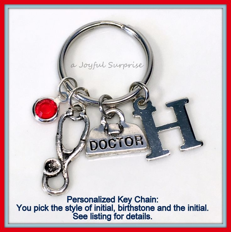 SALE - Personalized Doctor Keychain, Veterinarian Gift Keyring, Gift for Doctor, Stethoscope Doctor's Bag Key chain  201  A personal favorite from my Etsy shop https://www.etsy.com/ca/listing/265783138/sale-personalized-doctor-keychain