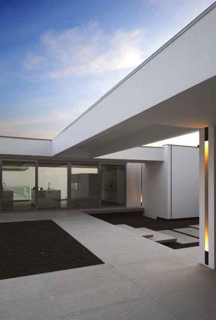 Recessed exterior wall light    KREON