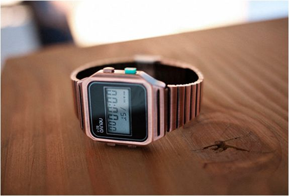 NUEVO RETRO WATCH : Oh my aching heart. |-0