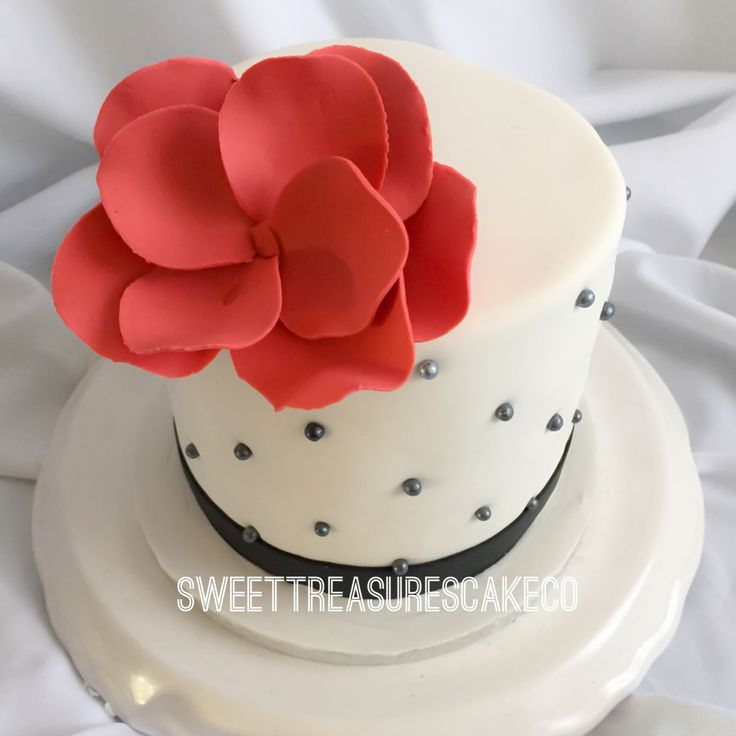 #birthday cake for an #intimate #party. #vanilla #cake with #whitechocolate #filling. #white #cake spotted with #black #pearls topped with a #red #flower. #sweettreasurescakeco #sweettreasures #johannesburg #joburg