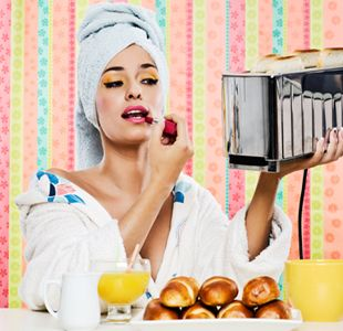 Busy Girl Beauty Hacks!  Tips and tricks to save you time!