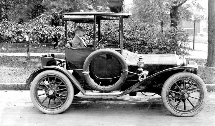 Detroit: Cars Built by the Auto Parts Manufacturing Co. Part I
