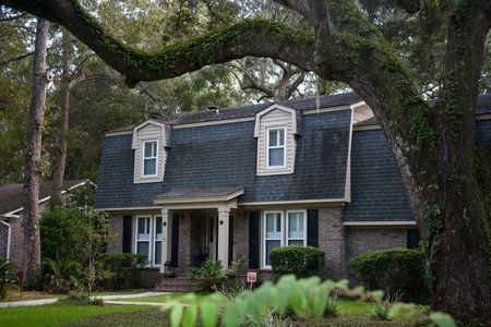 Best 25 Mansard Roof Ideas On Pinterest Red Brick