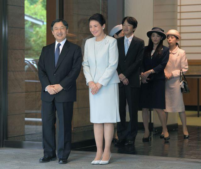 Император Японии Нарухито с женой