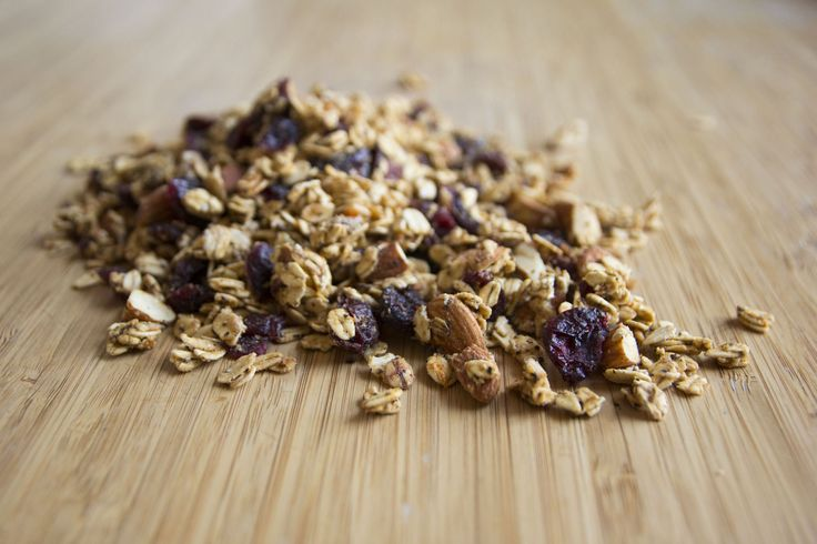 A different, healthier take on breakfast granola! This nutritious and delicious recipe is composed of only whole food ingredients, providing plenty of fiber-rich complex-carbs, plant-based protein, and healthy fats - for steady energy. Sweetened naturally with my Apple & Apricot butter (see here), this granola is free of the processed sugars, refined oils, and other preservatives, which are found in store-bought products. To boost the flavor in a healthy way, I added Earl grey, cinnamon,...