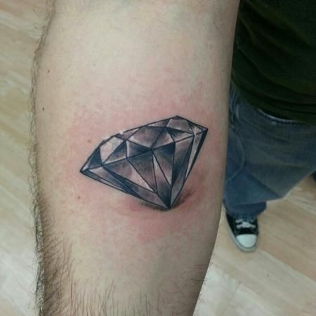 Best 25+ Black diamond tattoos ideas on Pinterest ...