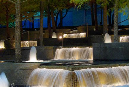 20 Free Things to Do in Dallas - for the newly married and on a budget :)