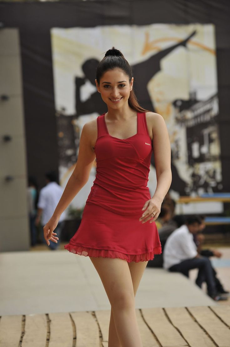 Bollywood actress hottest sexy legs photos collection vantage point