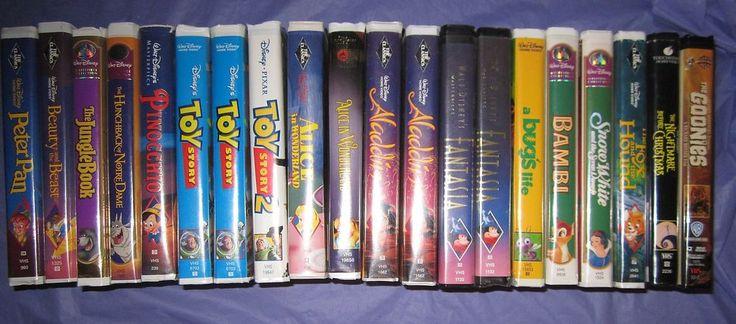 20 VHS Lot Disney Black Diamond Aladdin Peter Pan Beauty & the Beast + More
