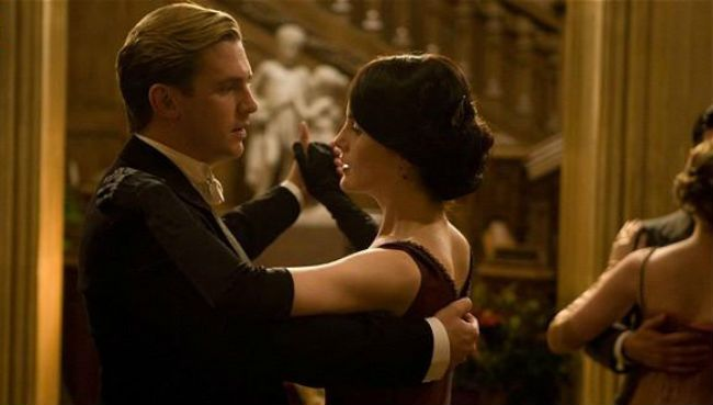 Downton Abbey Matthew and Mary Christmas Dance. They share a dance at the Servant's Ball