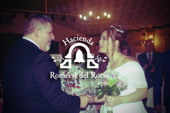 Novios en Hacienda Romeral del Rocío #salonesbodasmalaga