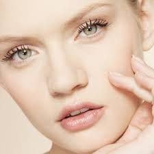 Given are few sun care tips for every woman to justify her right of being beautiful and appear attractive. Few of the mentioned and discussed skin care tips can be – having regular skin wash, protecting it from the sun and healthy intake for a happy glowing skin.