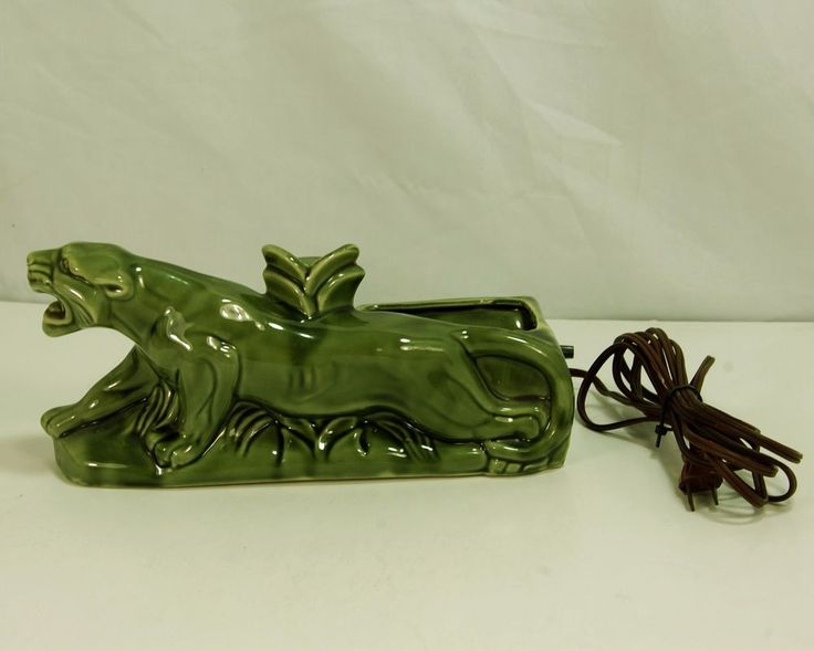 Vintage Mid Century Modern Green Panther TV Lamp Planter Type, Cougar, Cat