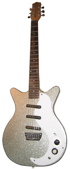 The Danelectro DC3