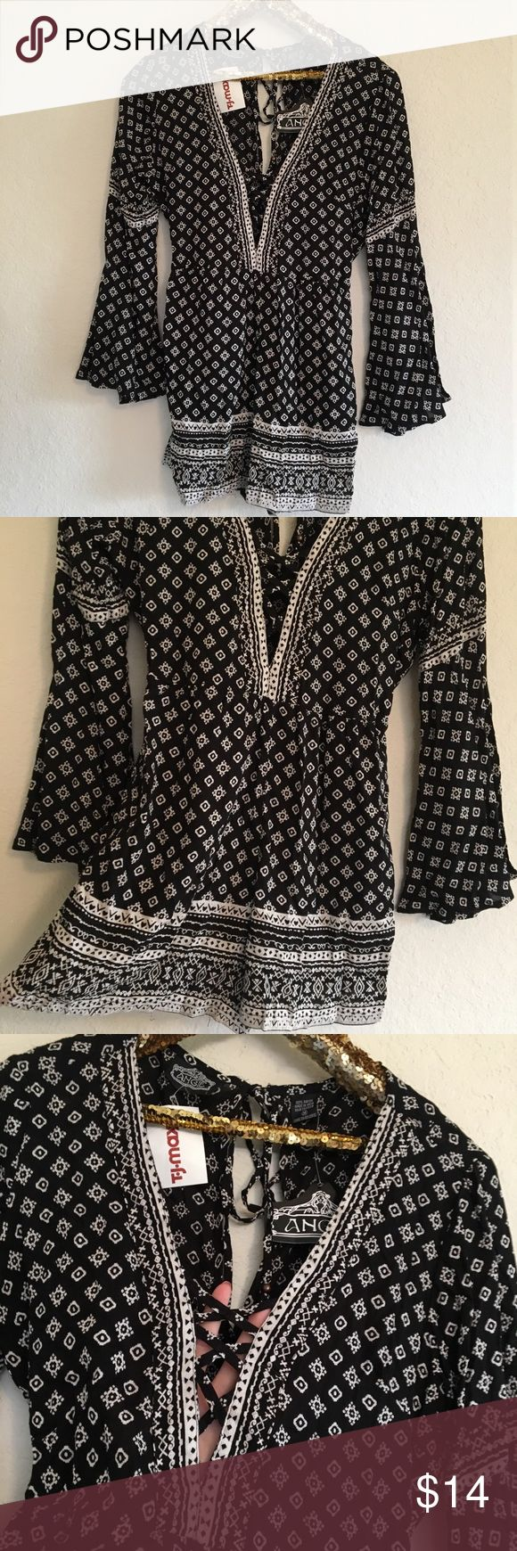 NWT Angie Black and White Romper This brand new Angie black and white romper is so stylish and great for spring and summer. It has an elastic waistband and even has pockets!  🚭 From a smoke-free home ❌ No trades or off PoshMark sales 🛍 Bundles welcome and encouraged 👌🏻 Reasonable offers welcome ⚡️ Same/next day shipping 🌬 All items are steamed before shipping Angie Pants Jumpsuits & Rompers